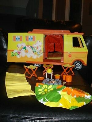 """Mattel Barbie Country Camper & Accessories, 17""""x12"""" tall x8.25"""", Vintage 1970s"""