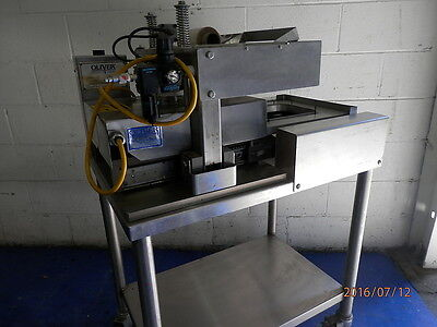 Oliver Model 1708 Self Actuating Tray Lidder Machine