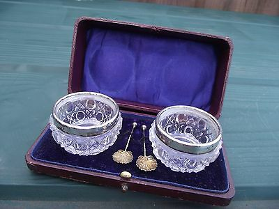 Boxed Pair of Antique Silver Rimmed Glass Salt Cellars with Spoons 1908