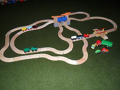 LARGE WOODEN TRAIN SET (Brio Style,Thomas compatible)