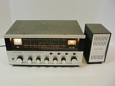 Realistic DX-160 Solid State Communication Receiver w/ SP-150 Speaker & Manual