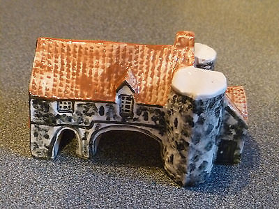 Tey Pottery Miniature House, Cottage. Pulls Ferry, Norwich, Norfolk