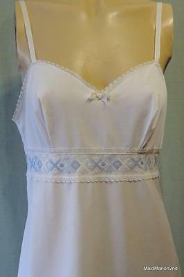 St. MICHAEL M&S VINTAGE SILKY SOFT WHITE NYLON FULL SLIP~RIBBON STRAP Med 36""