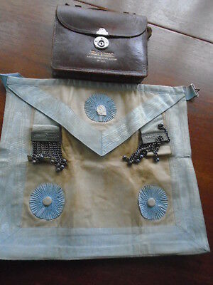 Freemasons Apron With Pouch