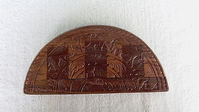 VINTAGE HAND CARVED  WOODEN TRINKET JEWELRY BOX with Animals