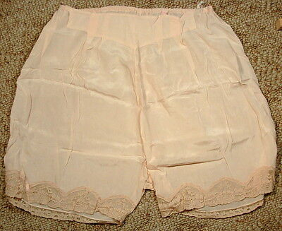 Effa Blanche Minneapolis Vintage Bloomers Underwear Pink With Lace Circa 1930