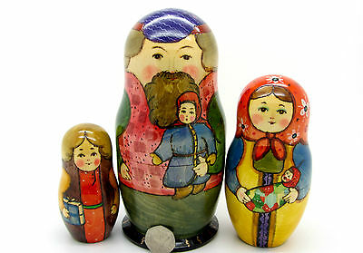 Russian BIG Nesting Doll 3 HAND PAINTED Dad Mum Son & Children Ryabova Baby Gift