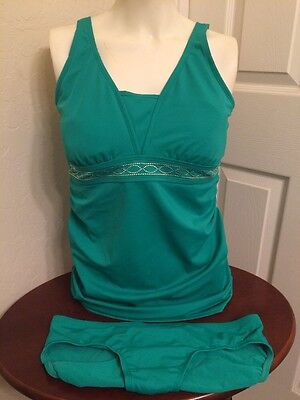 Motherhood Maternity Green Two PieceTankini Bathing Swim Suit Size Medium