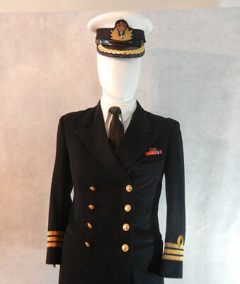 Royal Canadian Navy Doeskin Commanders Uniform