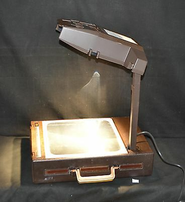ThriftCHI ~ 3M Portable Overhead Projector