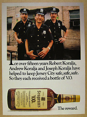 1985 Jersey City police cops photo Seagram's VO Whisky vintage print Ad