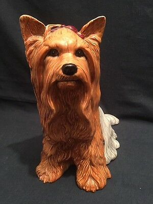 BESWICK YORKSHIRE TERRIER LARGE FIRESIDE MODEL 2377 (ref P083)