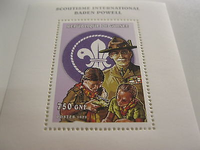 Guinea-1999-famous people,space,organizations-Girls scout -MI.2216