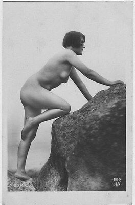 French NUDE real photo postcard circa 1920 Julian MANDEL AN386