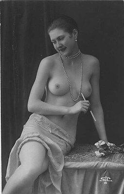 French NUDE real photo postcard circa 1920 STIC8