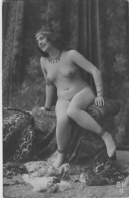 French NUDE real photo postcard circa 1920 BIEDERER OB9