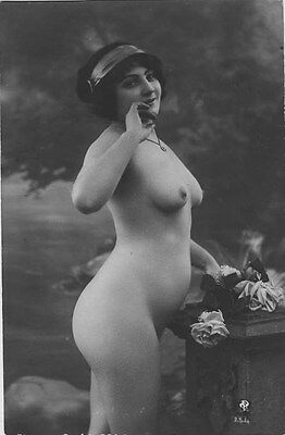 French NUDE real photo postcard circa 1920 P254