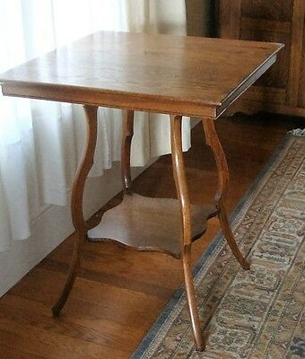 Antique Arts and Crafts Mission Style Two Tiered Oak Table Side Table
