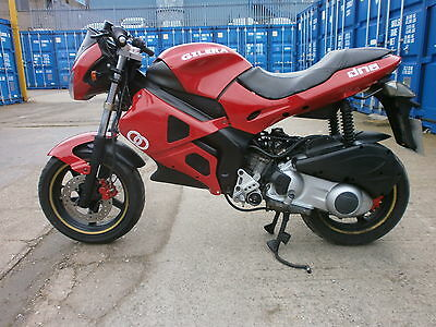 2005 GILERA DNA 180 in RED