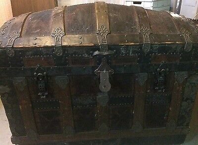 Dome Top Late 1800s Antique Trunk