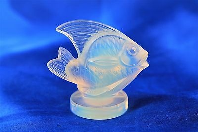 "Sabino France Small Fish Opalescent Frosted Figurine 2"" x 2"""