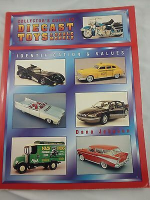 1996 Collector's Guide To Diecast Toys & Scale Models Softcover - Johnson