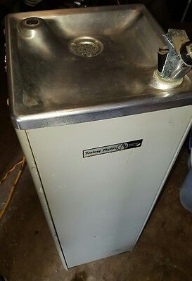 Free Standing Drinking Water Cooler Fountain Halsey Taylor used