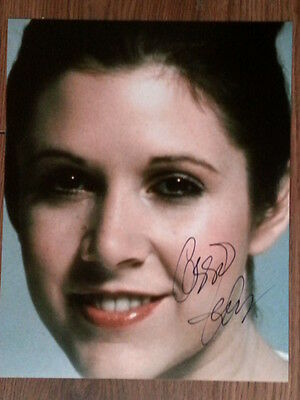 Carrie Fisher Star Wars Original Hand Signed Autograph 8 x 10 Photo with COA
