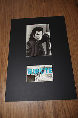 WILLY DEVILLE (+ 2009) signed Autogramm in 20x30 cm Passepartout InPerson LOOK