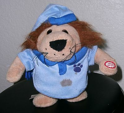 Stuffed Animal Lion Crooner - Lion Sleeps Tonight