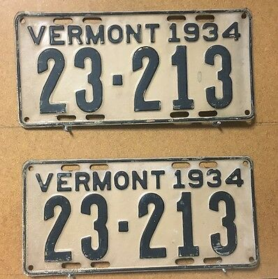 Vermont Pair of 1934 License Plates