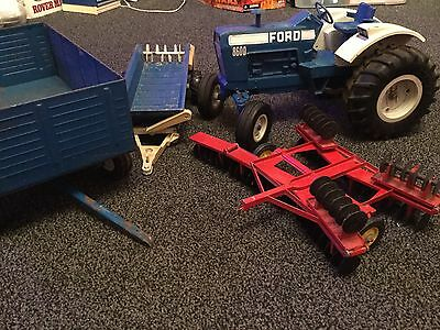 Ford 8600 Tractor / Wagon Set By ERTL