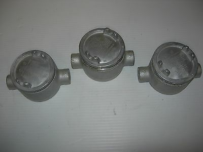 """Crouse Hinds GUAC16 Outlet Box 1/2"""" Gray Iron Haz. Location QTY 3"""
