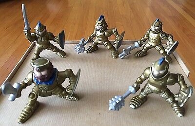 5 FISHER PRICE GREAT ADVENTURES KNIGHTS/GOLD ARMY with Shields/weapons 1994