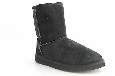 Ugg Australia Youth Classic Boots in Black Size 5