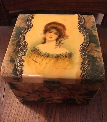 Victorian Portrait Dresser Collar Box Celluloid Velvet Green And Brown - Wood
