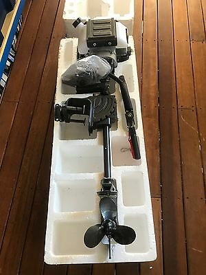 2.5 Hp Outboard Engine New Never Used