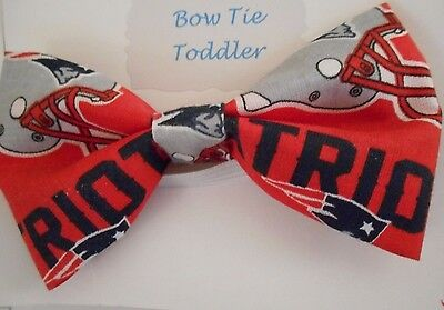 New Handmade Patriots  Print Red Fabric Toddler Elastic Bow Tie
