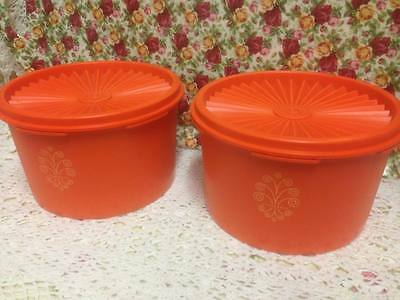 VINTAGE ~ TUPPERWARE ~ PRESS N SEAL ~ SET OF 2 ~ CANISTERS ~ w/MOTIF ~ Exc Cond!