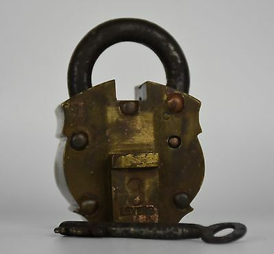 Antique Brass Indian Padlock, 8 Levers | FAST POST | 1231