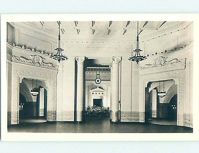 Old rppc JOHN SHEDD AQUARIUM INTERIOR Chicago Illinois IL HM3901