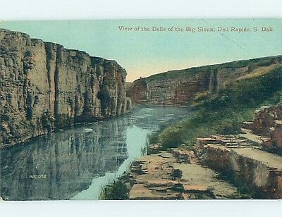 Unused Divided-Back POSTCARD FROM Dell Rapids South Dakota SD HM5681