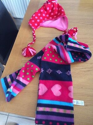 Girls Hat And Scarf Set Age 8 To 12