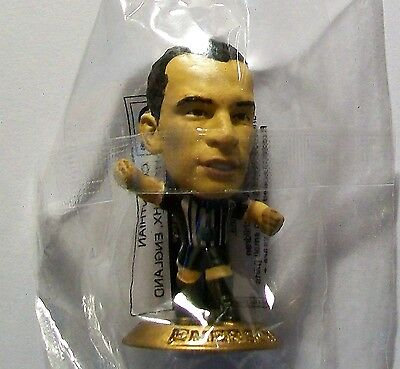 Microstars JUVENTUS (AWAY) EMERSON 2005 Membership Figure GOLD BASE MC3721