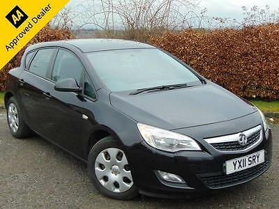 2011 11 Vauxhall Astra 1.6 Exclusiv 5D
