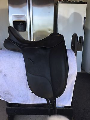 Bates Isabell Dressage English Saddle