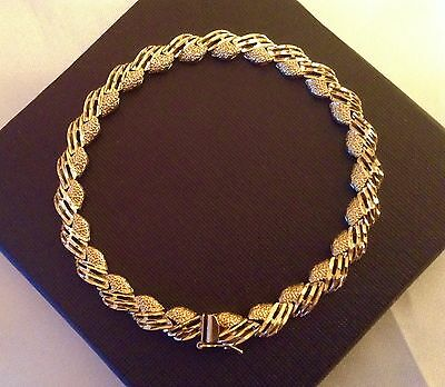 Quality Ladies 14ct Solid Gold Bracelet. 8 Inches Long. Mint conditon