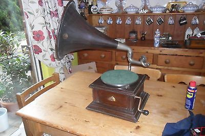 Excellent HMV wood horn Intermediate monarch gramophone phonograph early 1900s
