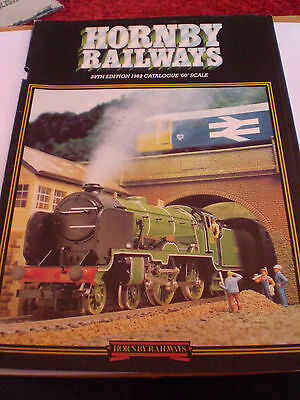 HORNBY MODEL RAILWAYS TOY CATALOGUE 1982 28th EDITION NR EXCELLENT CONDITION