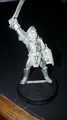Lord of the rings warhammer miniature Urukhai Captain metal